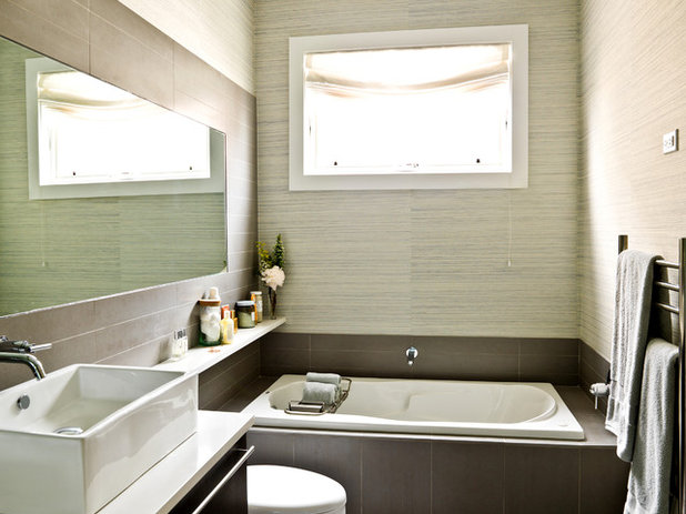 Contemporary Bathroom My Houzz: An Opposite-Tastes Couple Finds a Happy Medium