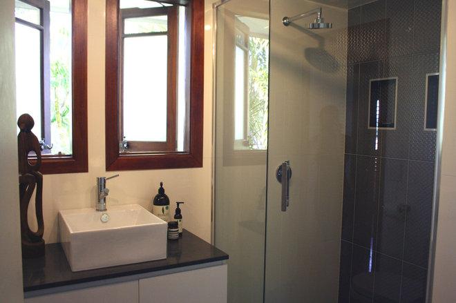 Mediterranean Bathroom by Holly Marder