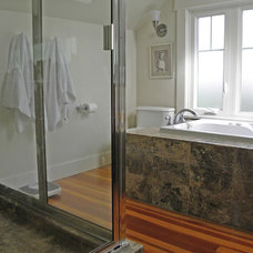 Craftsman Bathroom by Sarah Greenman