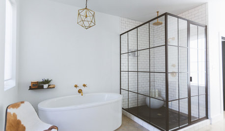 9 of the Coolest Black and White Bathrooms on Houzz
