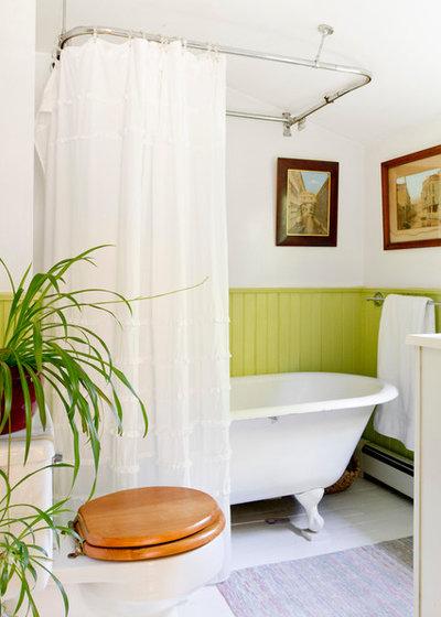 Victorian Bathroom by Rikki Snyder