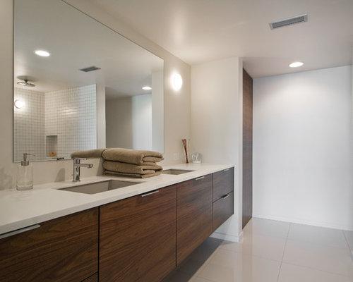 Modern salt lake city bathroom design ideas remodels photos for Bath remodel salt lake city