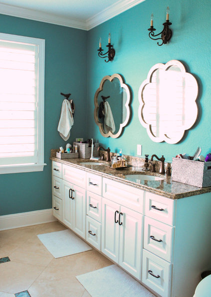 Mediterranean Bathroom by Mina Brinkey