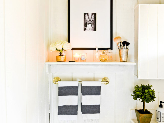 Contemporary Bathroom by Cynthia Lynn Photography
