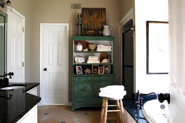 Inspirational Farmhouse Bathroom by Corynne Pless