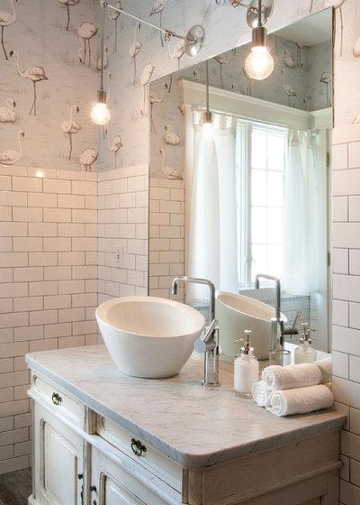 Fotogalleria 28 idee per illuminare il bagno come un professionista - Lampadario da bagno ...