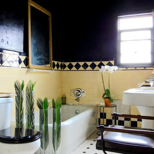 Inspiration for an eclectic bathroom remodel in Los Angeles