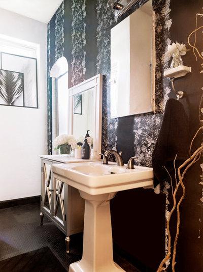 Bathroom by Carolyn Reyes