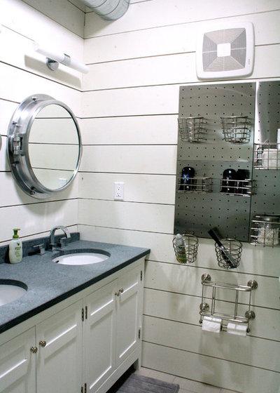 Contemporary Bathroom by Mina Brinkey
