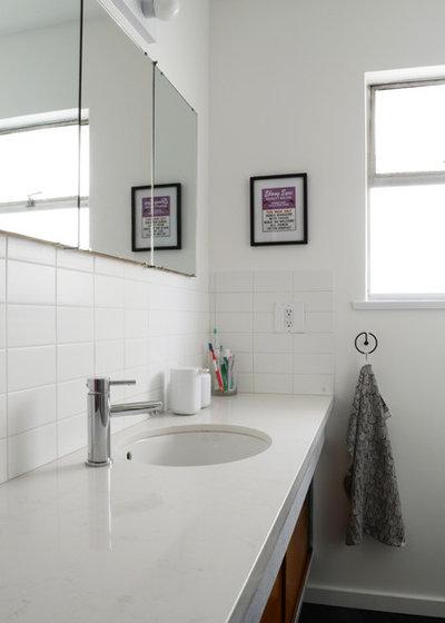 Midcentury Bathroom by Jane Vorbrodt