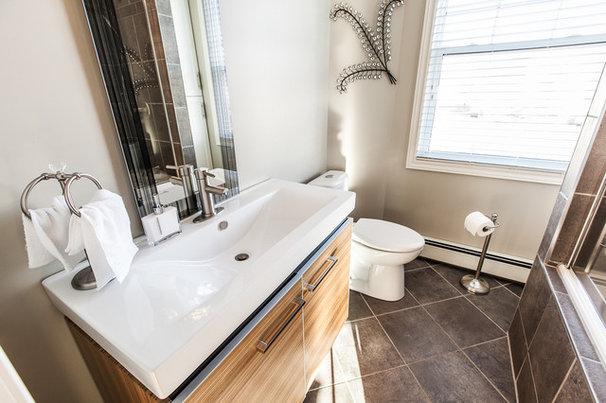 Contemporary Bathroom by Becki Peckham