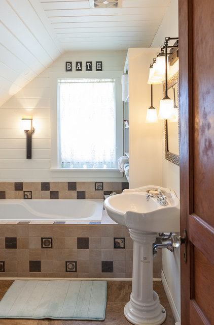 beach style bathroom by Becki Peckham