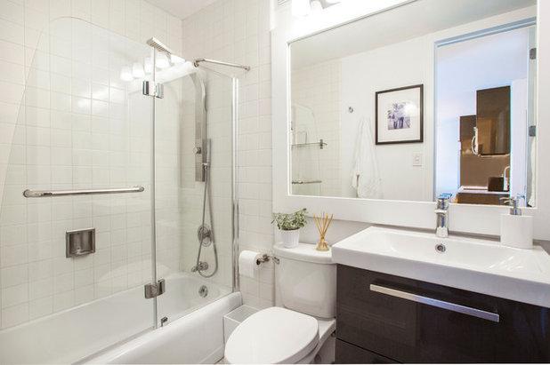 モダン 浴室 by Margot Hartford Photography