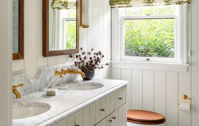 10 Ways to Add Warmth and Personality to Your Bathroom