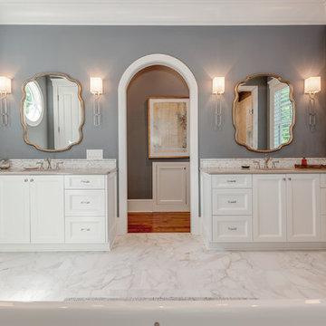 Nantucket Coastal Shaker Bathroom
