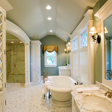 Traditional Bathroom by Siena Custom Builders, Inc.