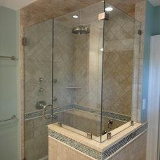 Traditional Bathroom by JRL Design, Inc.