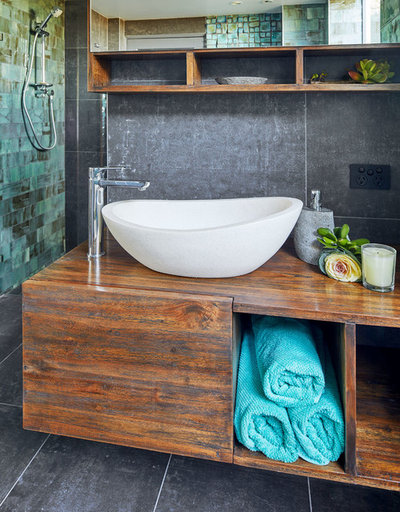 Contemporary Bathroom by St James Whitting