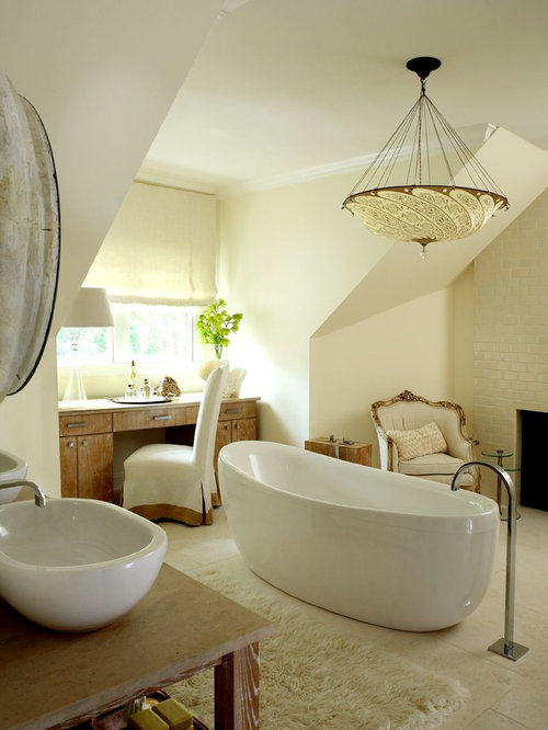 Best wrought iron light fixture design ideas remodel pictures houzz for Wrought iron bathroom furniture