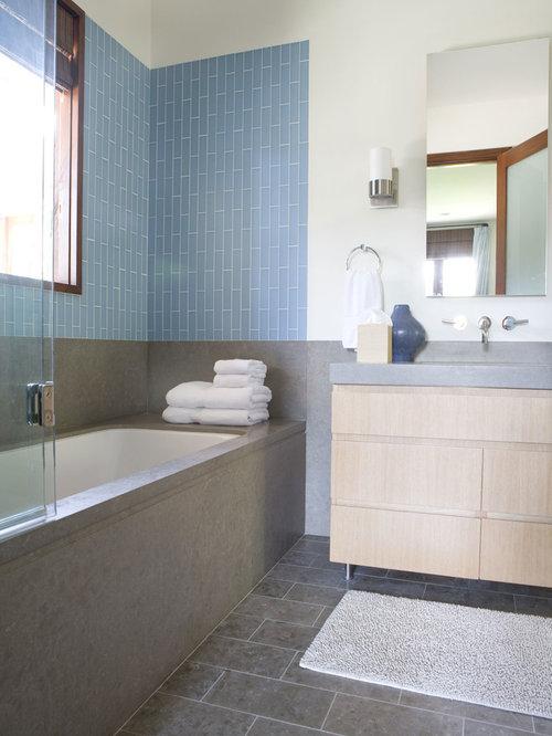 blue gray bathroom houzz. Black Bedroom Furniture Sets. Home Design Ideas