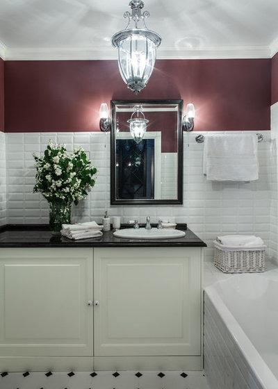 Классический Ванная комната by Салахова Дина