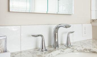 Neutral Transitional Bathroom Remodel