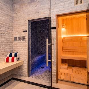 Свежая идея для дизайна: хамам среднего размера в современном стиле с серой плиткой, серыми стенами, белым полом и мраморной плиткой - отличное фото интерьера