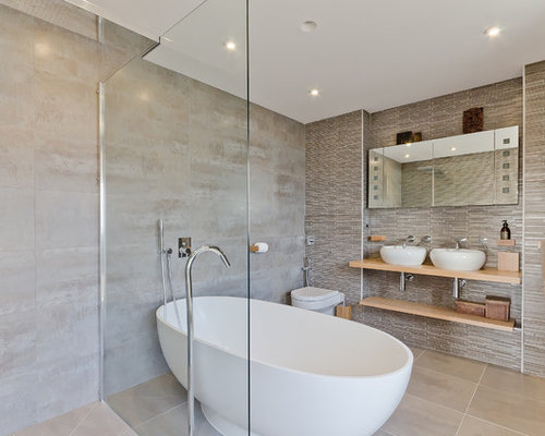Pictures of tiled bathrooms houzz for Tiled bathroom designs pictures