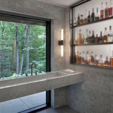 Modern  by Specht Harpman Architects