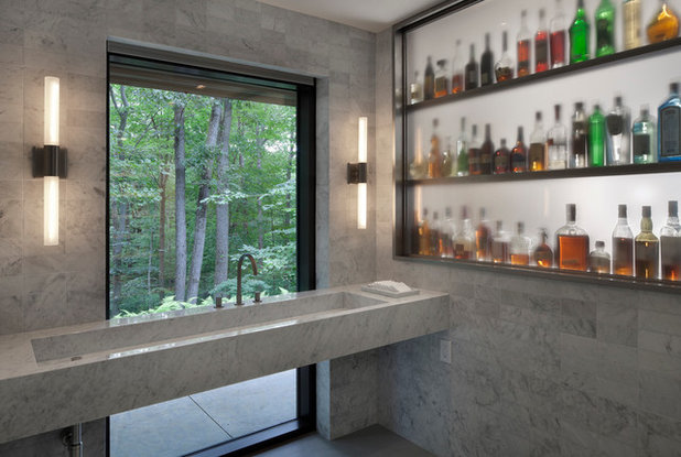 Modern Bathroom by Specht Architects