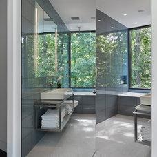 Modern Bathroom by Specht Harpman Architects