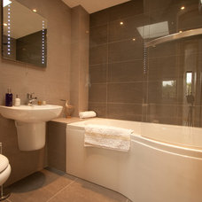 Contemporary Bathroom by Proctor Watts Cole Rutter