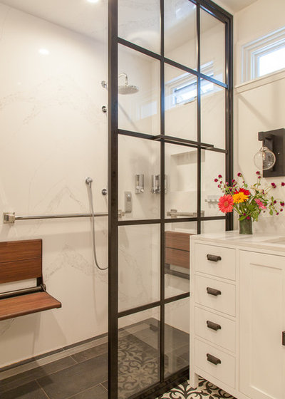Arts & Crafts Bathroom by Izumi Tanaka Photography