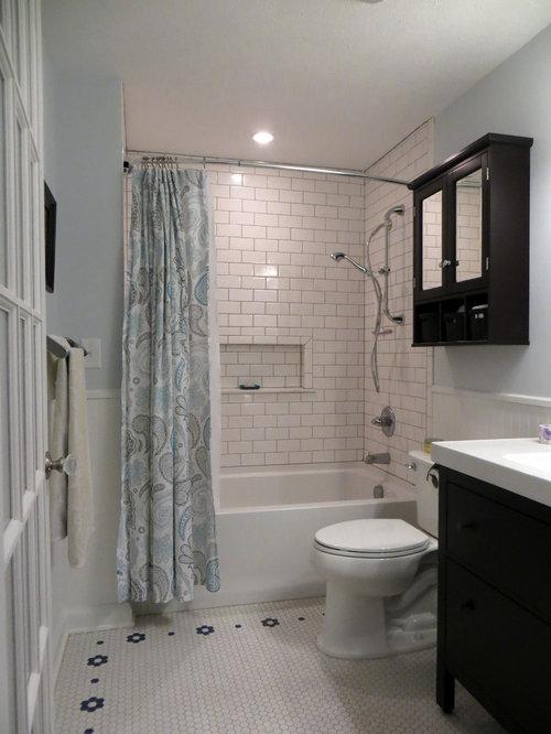 Mid sized wichita bathroom design ideas remodels photos for Mid size bathroom ideas