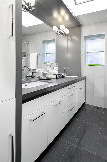 Contemporary Bathroom by Belinda Albo Design Studio