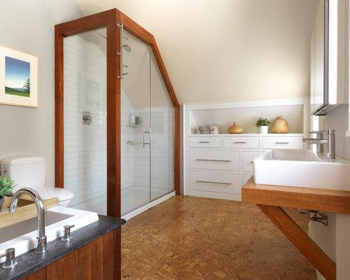 salle de bain campagne avec un sol en li ge photos et id es d co de salles de bain