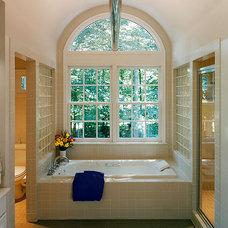 Contemporary Bathroom by Eric Taylor