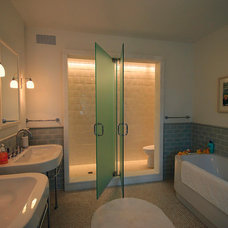 Contemporary Bathroom by Spencer-Abbott, Inc.