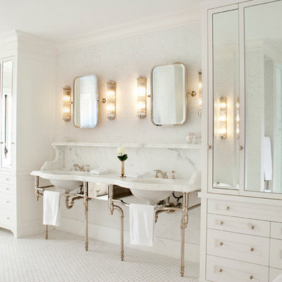 Bathroom - traditional bathroom idea in Vancouver with a console sink