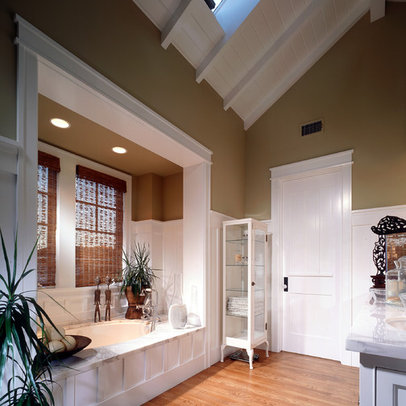 Tilingbathroom on Orange County Home Tan Walls Design Ideas  Pictures  Remodel And Decor