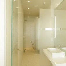 Contemporary Bathroom by Magni Design