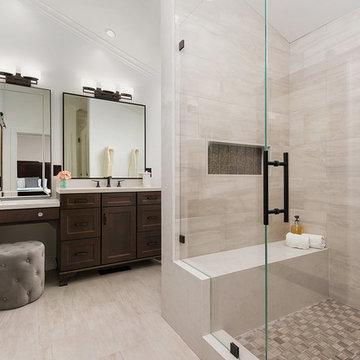 Newport - Traditional Master Bath