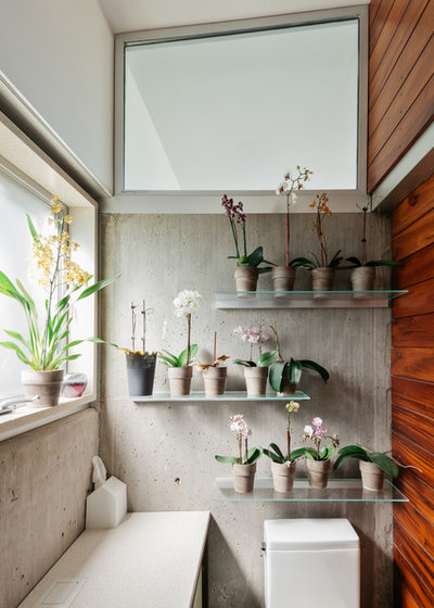Industrial Bathroom by M+A Architecture Studio