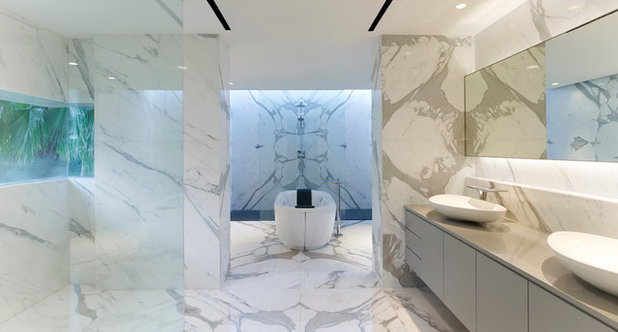 Contemporary Bathroom by Greg Shand Architects