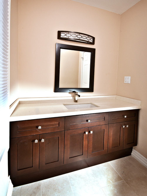 Bathroom design ideas renovations photos with granite for Bathroom remodel keller tx