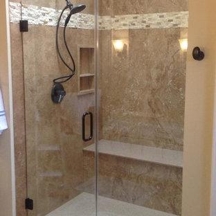 Alcove shower - mid-sized contemporary alcove shower idea in Houston