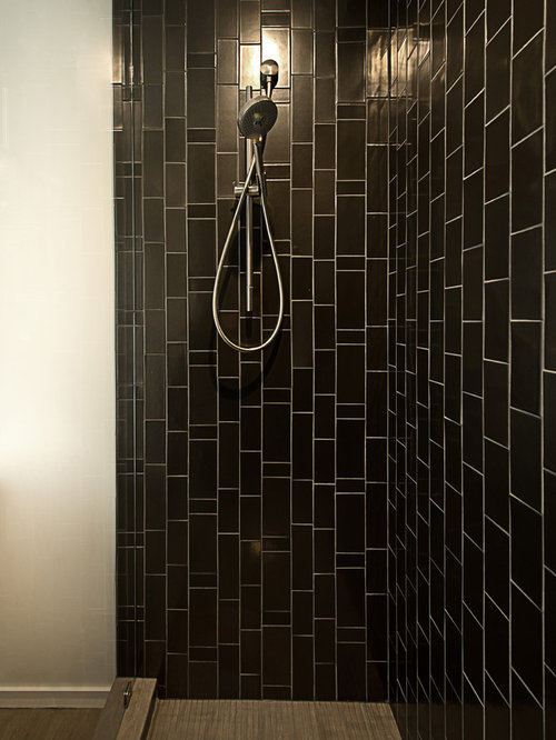 Lovely Example Of A Minimalist Bathroom Design In San Francisco