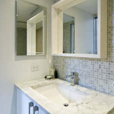 Modern Bathroom by Tinmouth Chang Architects