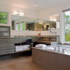 Contemporary Bathroom by Samsel Architects