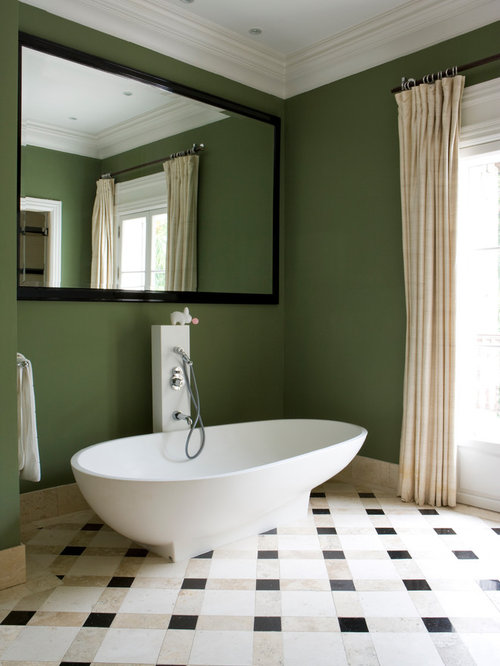 Dark green walls home design ideas pictures remodel and for Bathroom decor green and brown